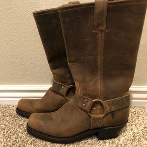 Harness 12R Frye leather boots
